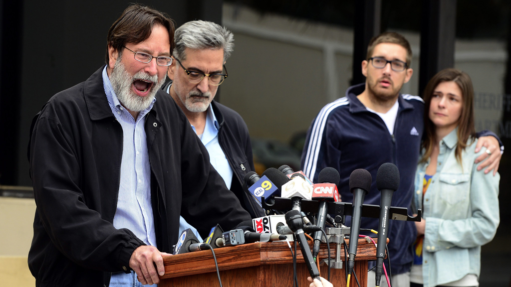 Richard Martinez delivered an impassioned plea for gun control measures after his son was killed in a 2014 shooting. (AAP)