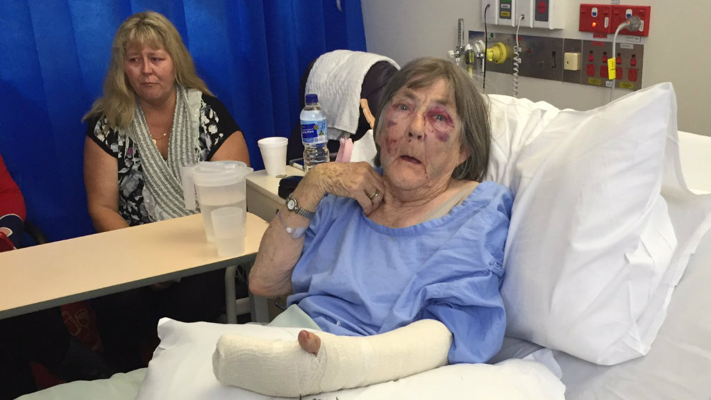 The elderly victim, Mavis, speaks from her hospital bed. (Alexis Daish/9NEWS)