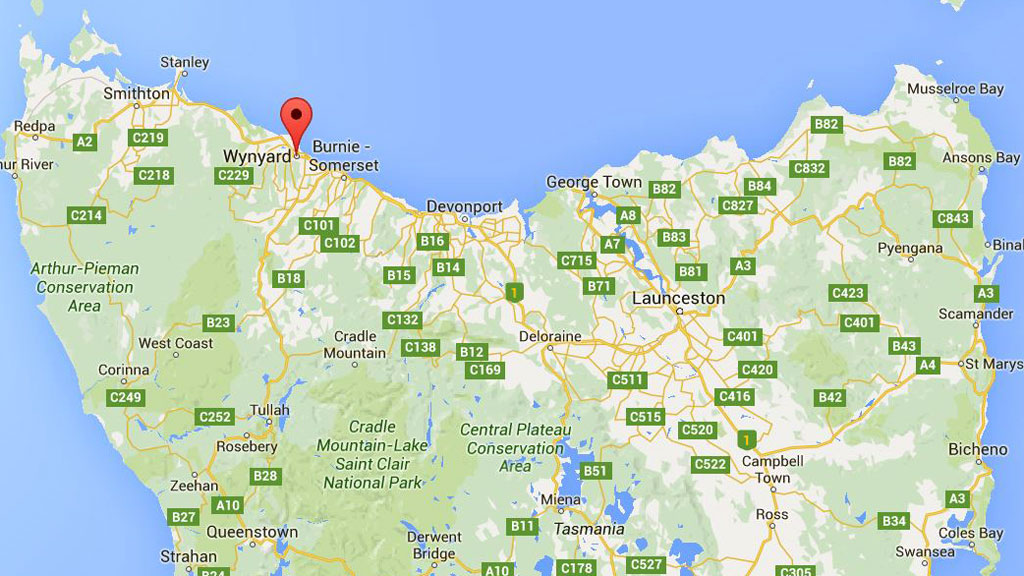 Baby dies following car and truck crash in Tasmania's north