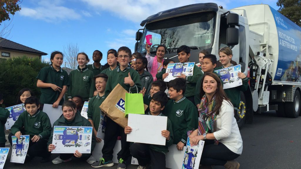 Arda was surrounded by his Grade 5 class mates from Epping Views Primary SChool for the truck's visit. (Supplied)