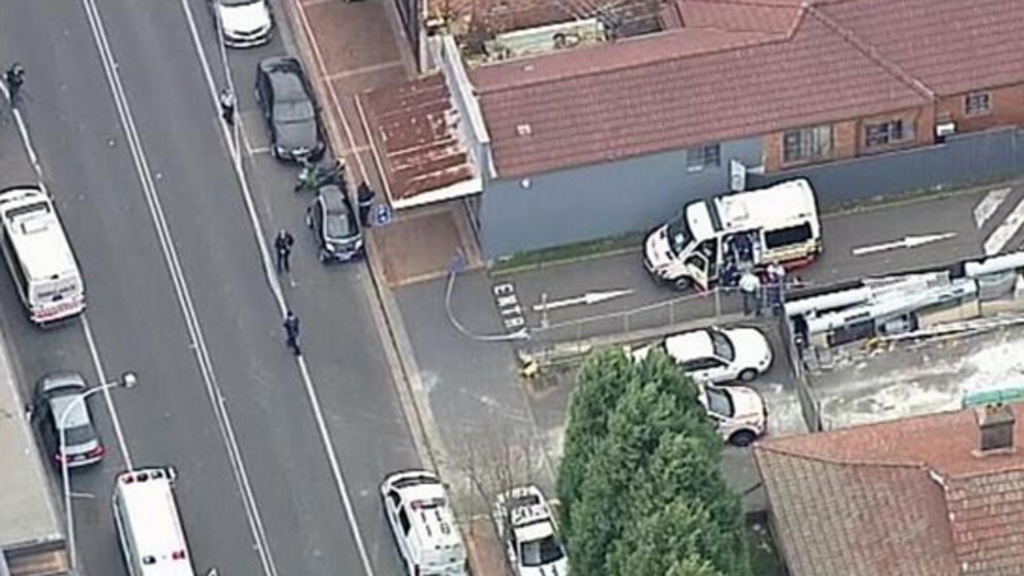 Police and paramedics were called to John Street this afternoon. (9NEWS)