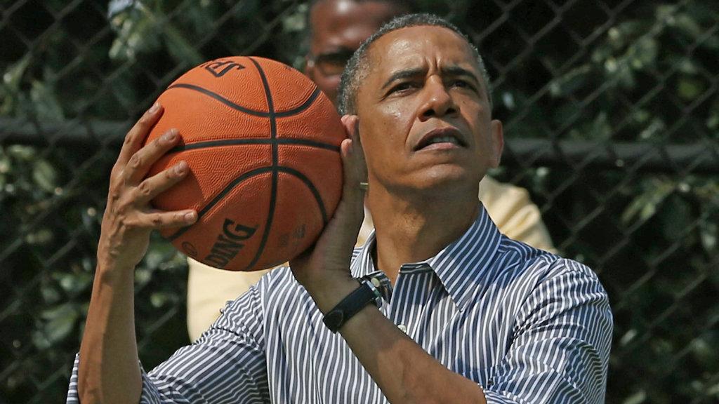 Barack Obama is a self-professed basketball fanatic. (AAP)
