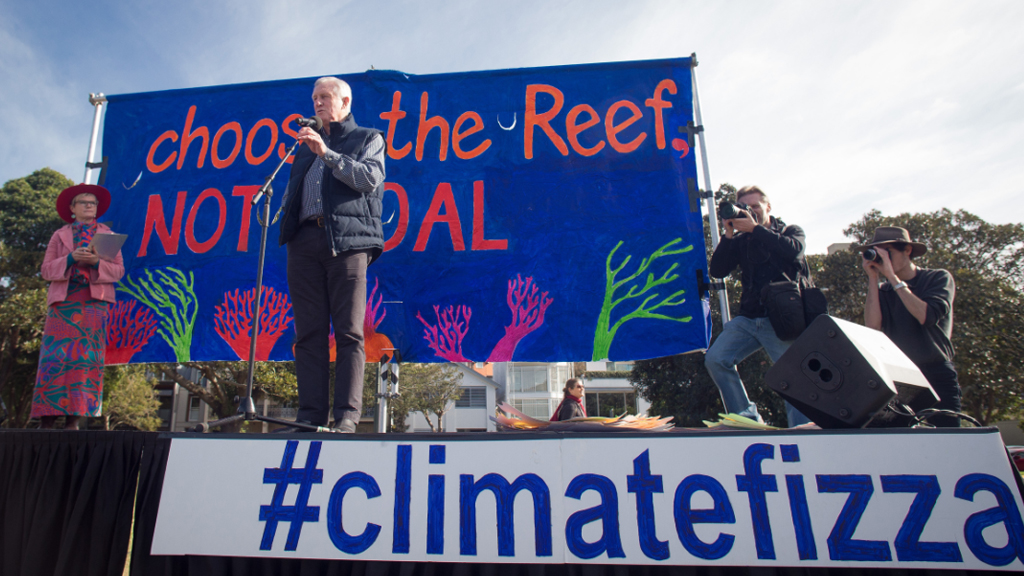 John Hewson at the climate change rally. (AAP Image/Greenpeace/Dean Sewell)
