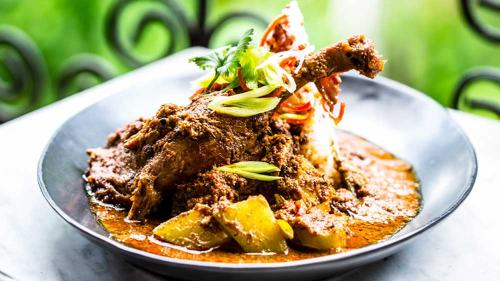 Green duck curry