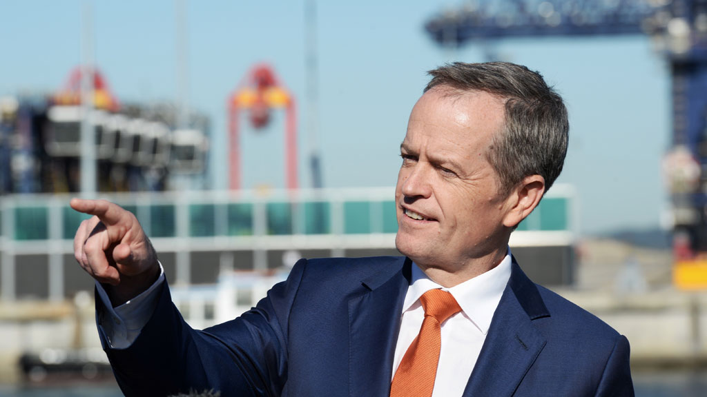 Bill Shorten in the federal seat of Kingsford Smith at Port Botany in Sydney. (AAP)