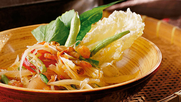 David Thompson: Green papaya salad (Som dtam malakor)