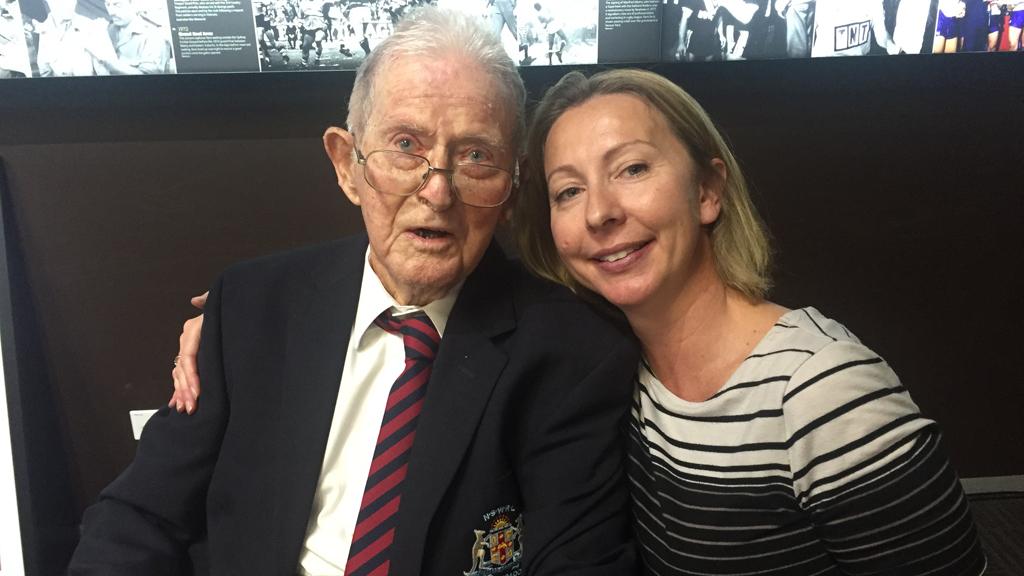 Robert Culkin with his granddaughter Linda Tanner. (Mary Jordan/9news.com.au)