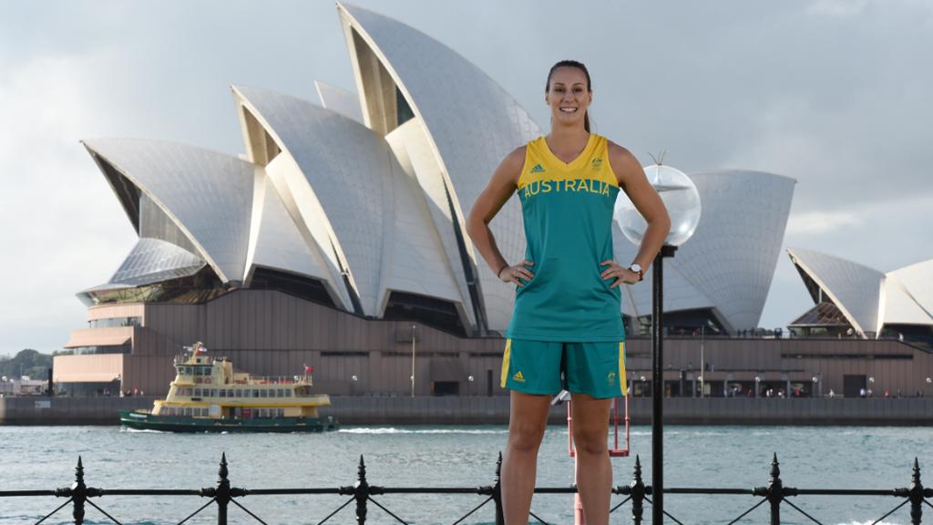 Suzy Batkovic left out of Aussie women's Rio Olympics basketball team