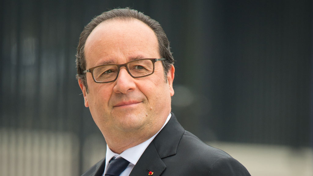 French President Francois Hollande's hairdresser 'paid 10,000 euros a month'