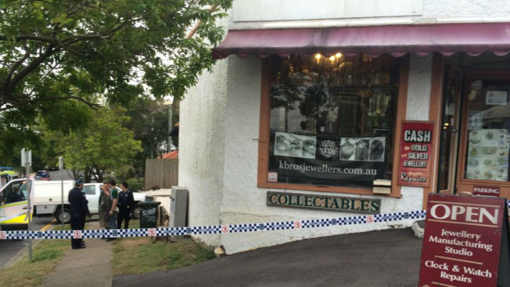 Thieves broke into the jewellery store on Sandgate Road in Albion. (Twitter/Emily Prain)