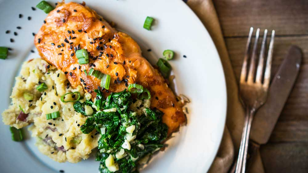 Grilled salmon and cauliflower mash