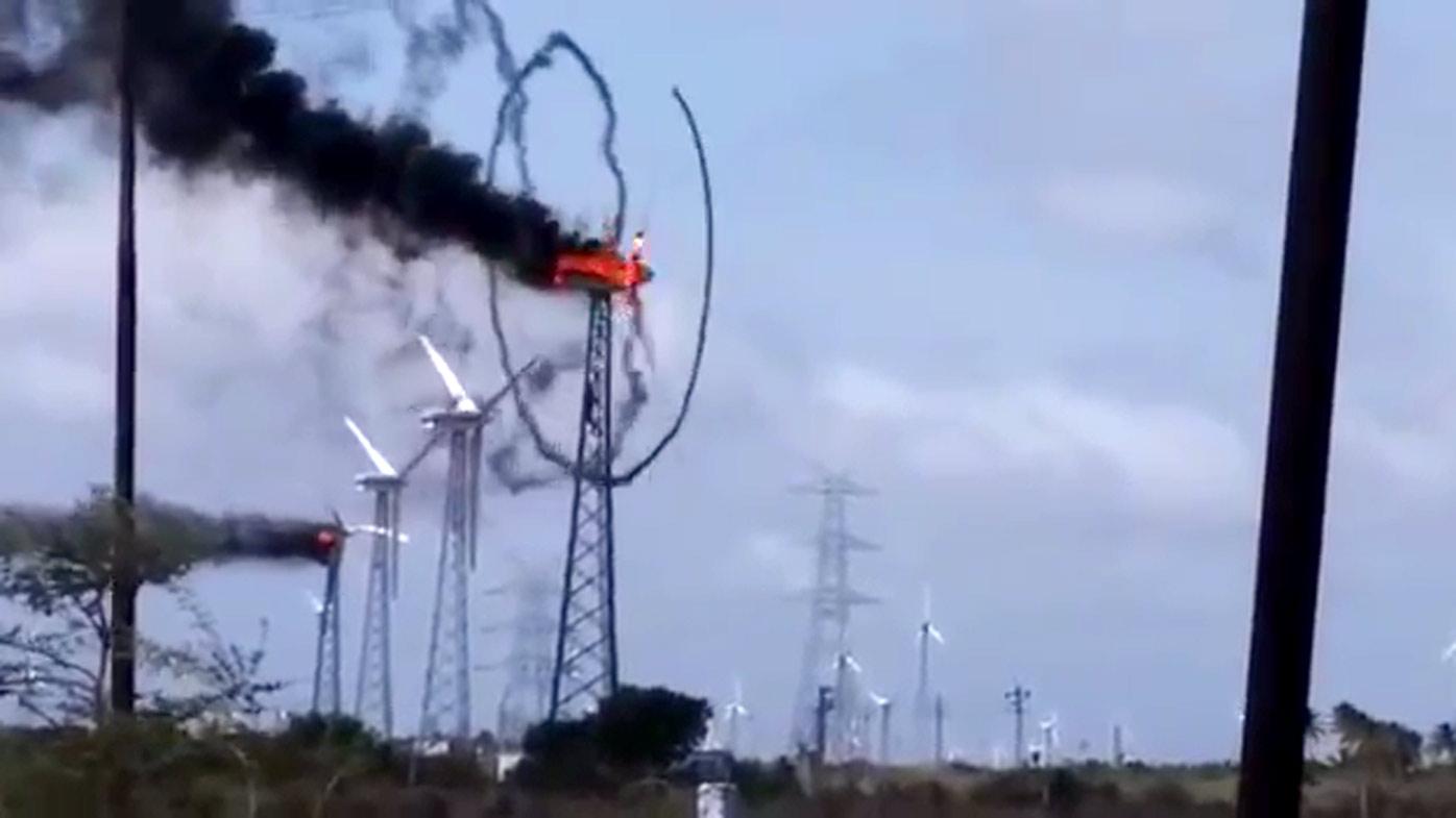 Bike Washing Machine >> Burning wind turbine creates strangely mesmerising smoke ...