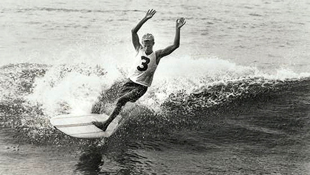 Australian surfing legend Midget Farrelly has died, aged 71.
