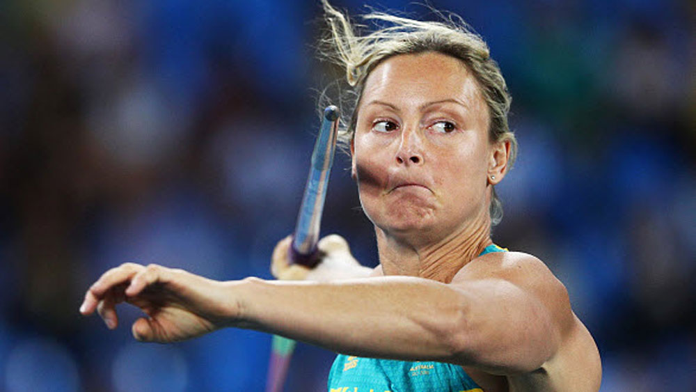 Rio Olympics 2016: Mandurah's Kim Mickle pops shoulder in javelin