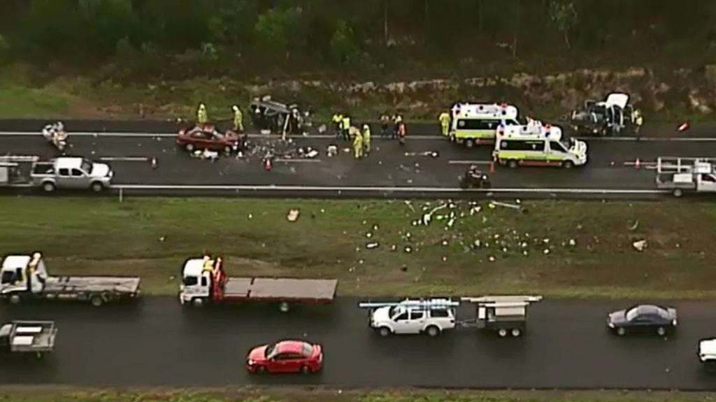 Traffic slowed after the Bruce Highway crash. (9NEWS)
