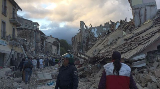 Deadly earthquake in central Italy turns towns to rubble