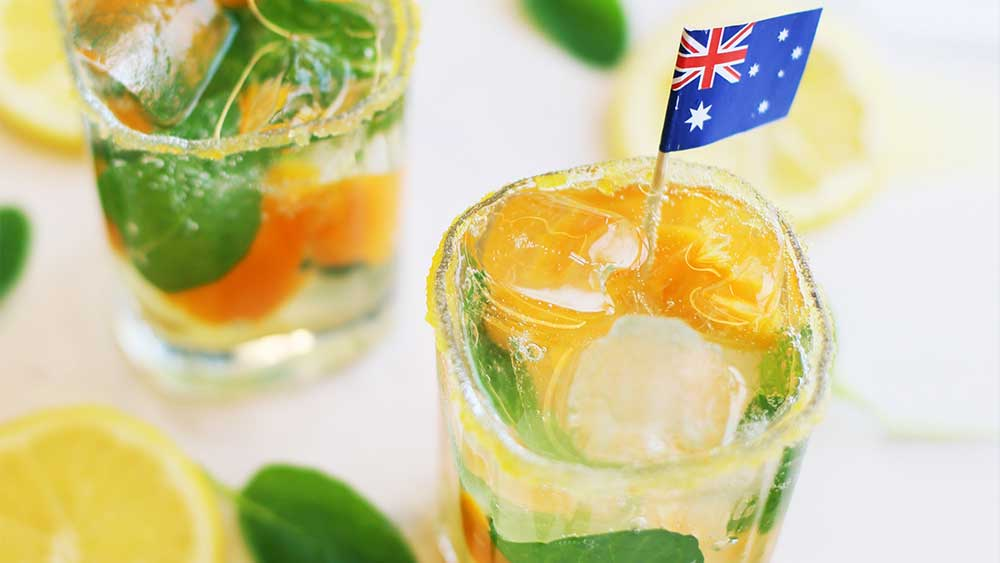 Aussie vodka fizz cocktail
