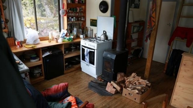 An image of the cabin where Ms Pizova survived a month after the tragedy. (Photo: NZ Police)