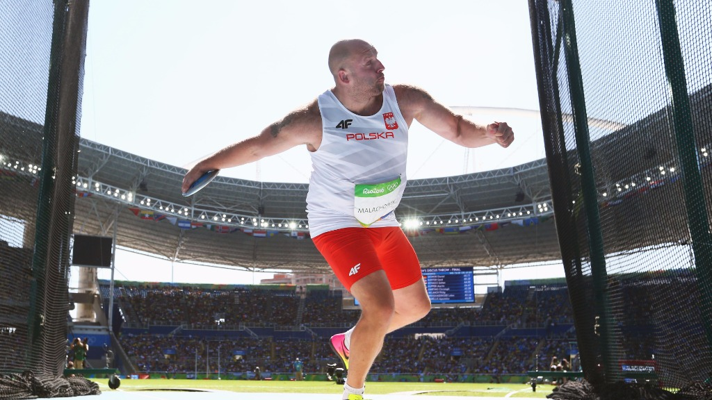The Olympian threw 67.55m to claim the silver medal in Rio. (Getty)