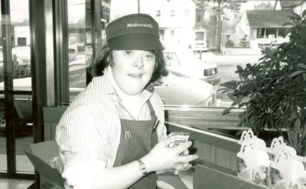 Woman with Down syndrome announces retirement after 32 years of work