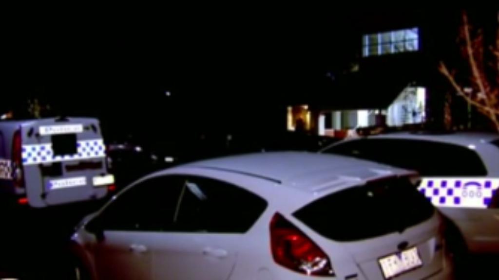 Man seriously injured in stabbing at Melbourne unit block