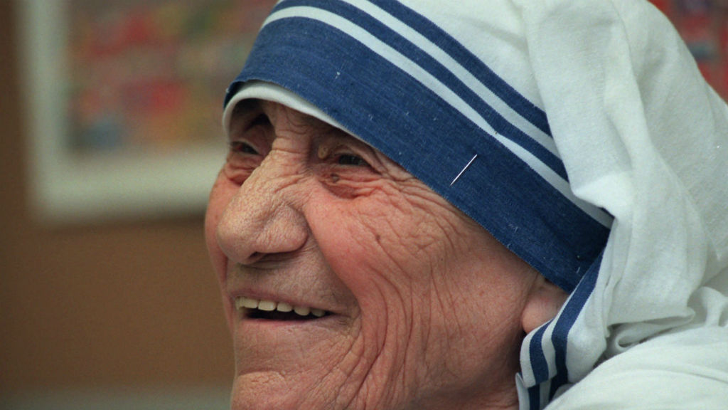 Mother Teresa to be elevated to sainthood in canonisation by Pope Francis
