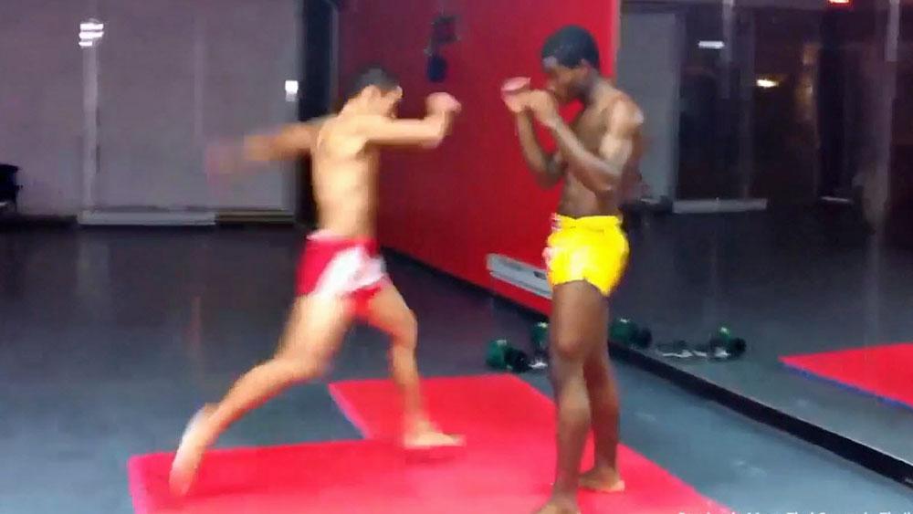 Viral: Muay Thai trainer 'dislocates' opponent's leg