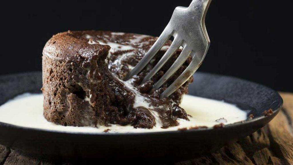 Molten desserts