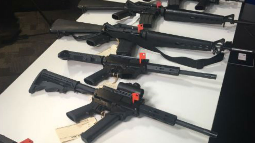 Police bust weapons syndicate linked to US
