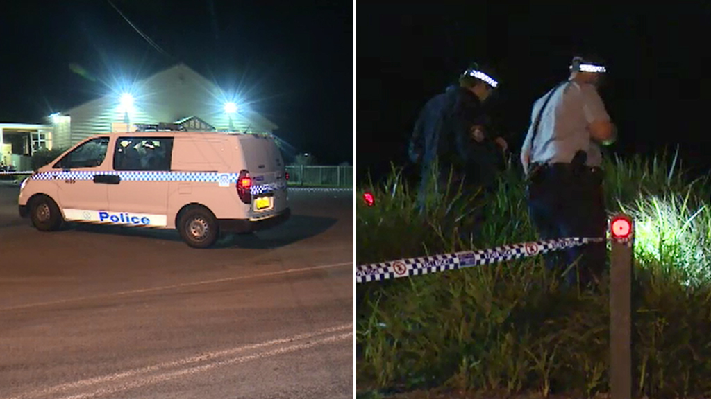 Police at the Box Hill hall. (9NEWS)