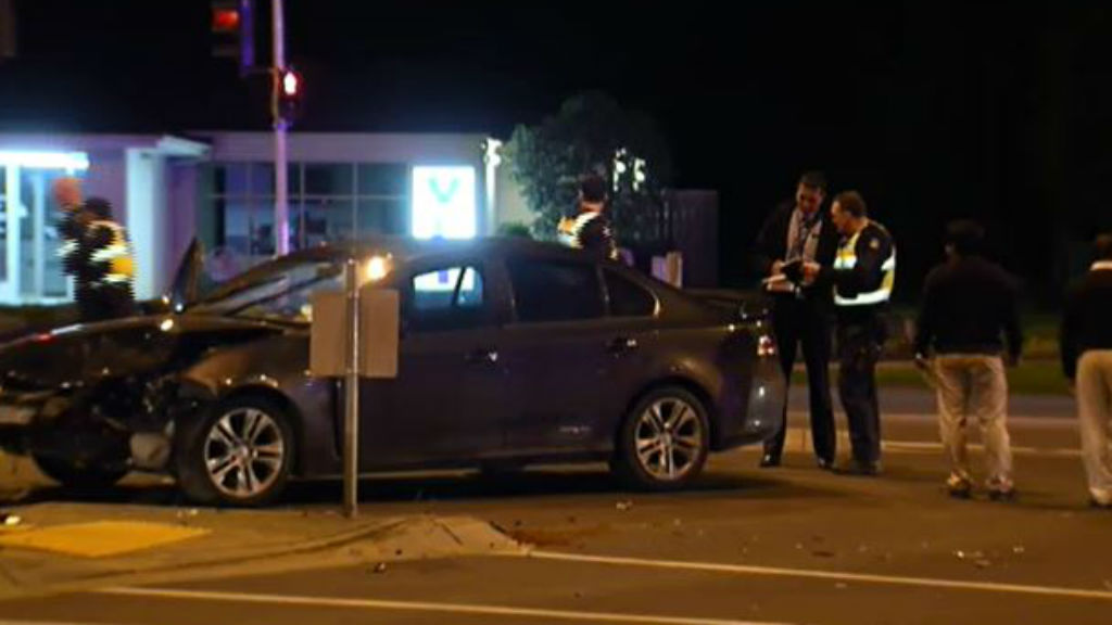 Police hunt for hit-and-run driver in Narre Warren South