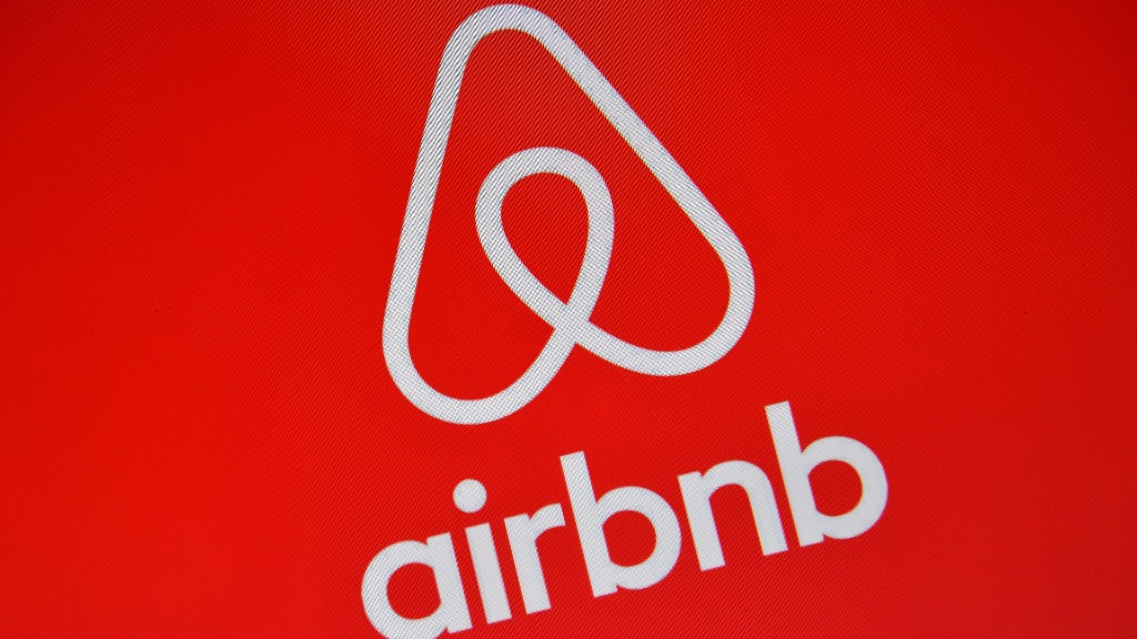 Airbnb tenants reportedly trash Sydney unit and leave crack pipe behind