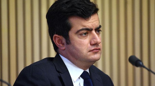 Australian government ups ante on 'Shanghai Sam' Dastyari