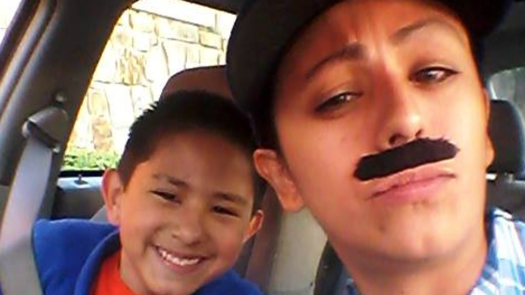 Single US mum dons moustache to get son free donuts at dads-only event