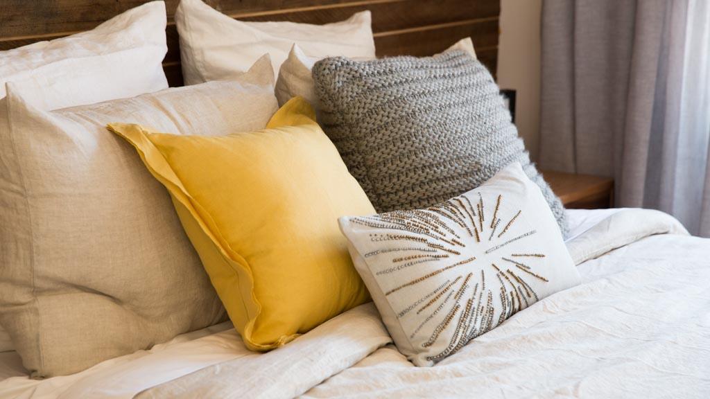 queen european j pillow beyond sham buy bed york bath from black in new pillows bradshaw