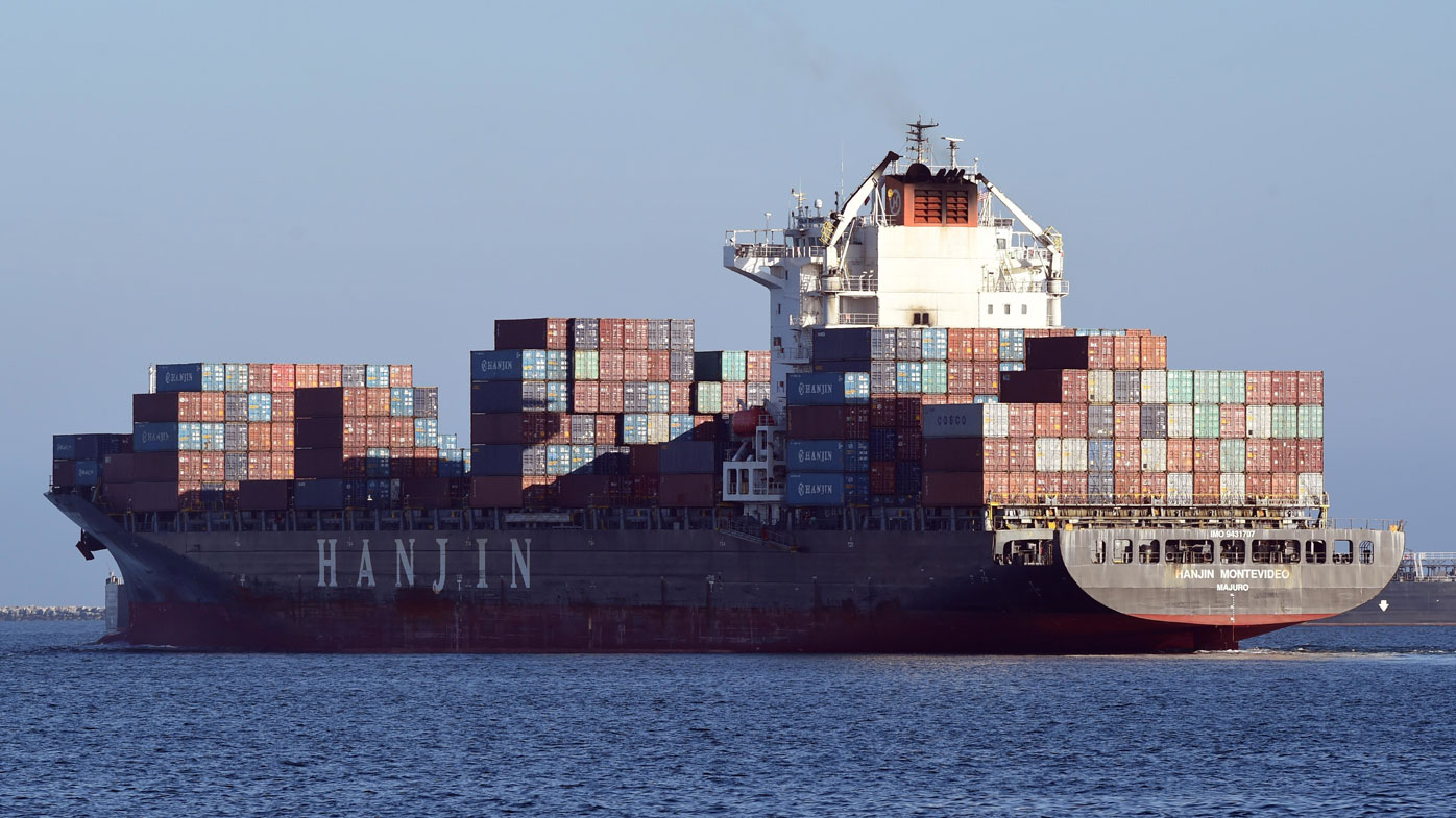 Ships stranded amid Hanjin's bankruptcy woes