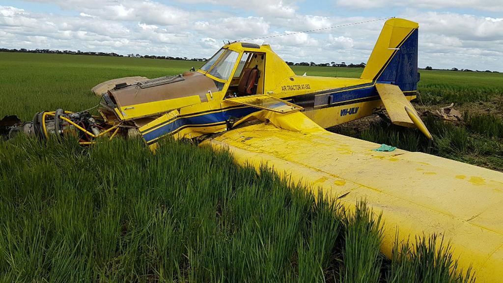 Pilot injured after light plane crash in Western Australia