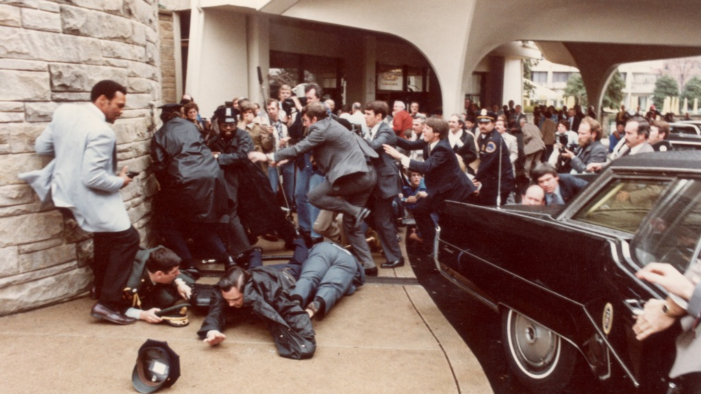 Hinckley attempted to assassinate US President Ronald Reagan outside a hotel in Washington in 1981. (Getty)