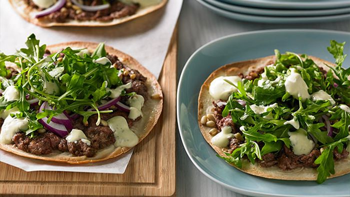 "Recipe: <a href=""http://kitchen.nine.com.au/2016/05/05/11/05/lamb-kofta-pizza"" target=""_top"" draggable=""false"">Lamb kofta pizza<br /> </a>"