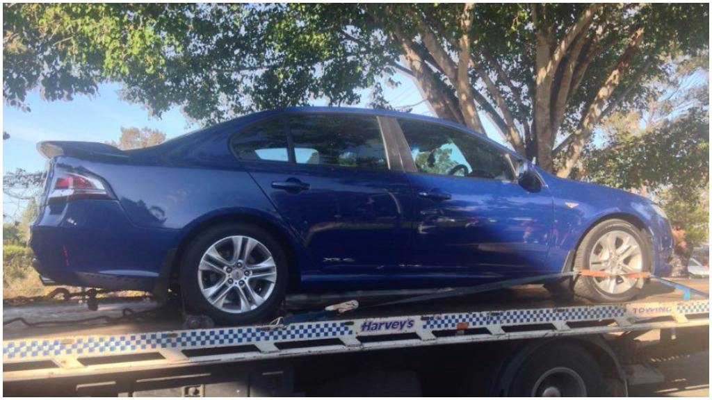 Police seized a car in the investigation into schoolgirl Tiahleigh Palmer's murder. (9NEWS)