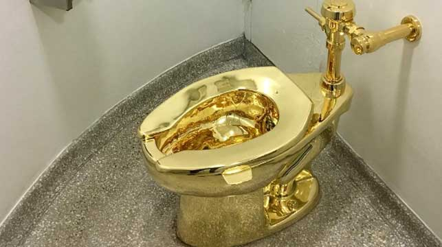 Gold toilet opens for business at Guggenheim