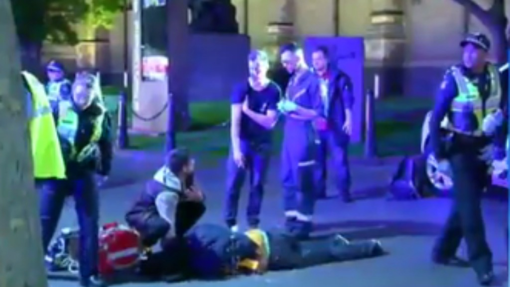 Six people have been arrested following a brawl in Melbourne's CBD. (9NEWS)