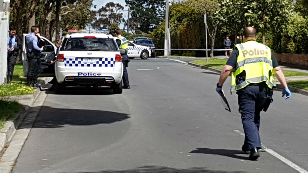 Man attacked with axe during robbery of Malvern East home
