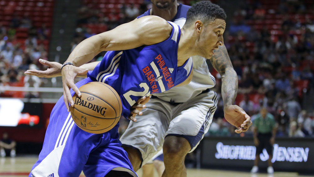 76ers' top pick Simmons breaks foot
