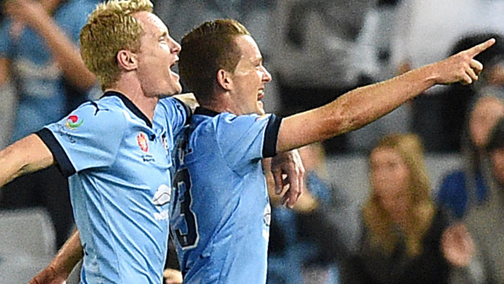 Dominant Sydney rout Wanderers 4-0