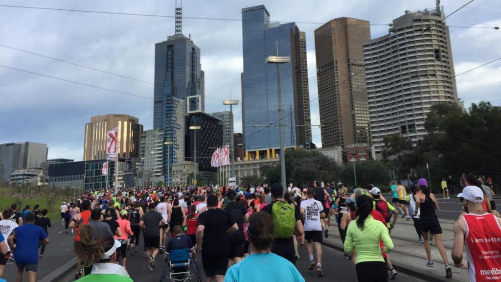 Thousands race through city streets for Melbourne Marathon
