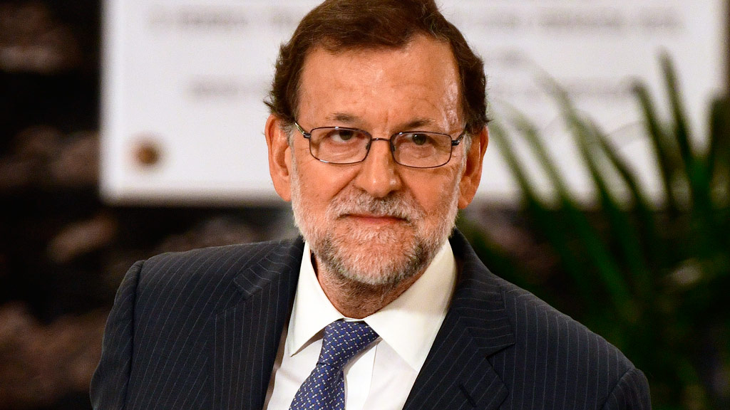 Spain admits it will miss deficit targets following six-year recession