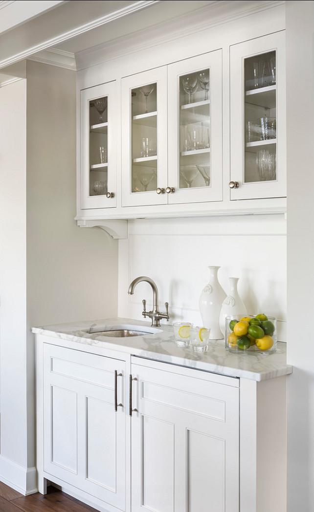 Trending butler s pantries 9homes for Butler pantries kitchen designs