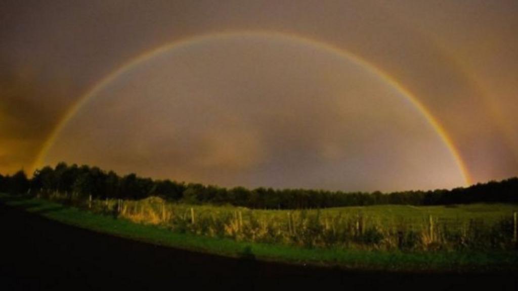 Rare lunar rainbow captured in England
