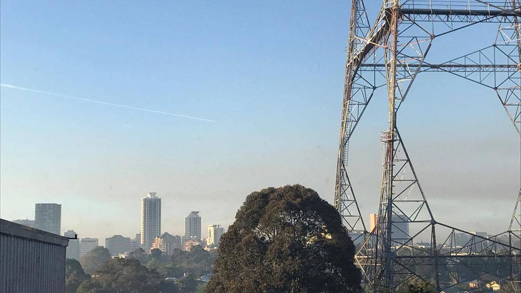 Smoke blankets Sydney following extensive hazard reduction burns